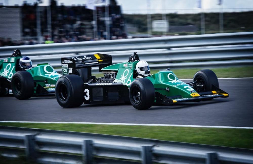 Wat gebeurt er als een Formule 1 coureur teveel strafpunten krijgt?
